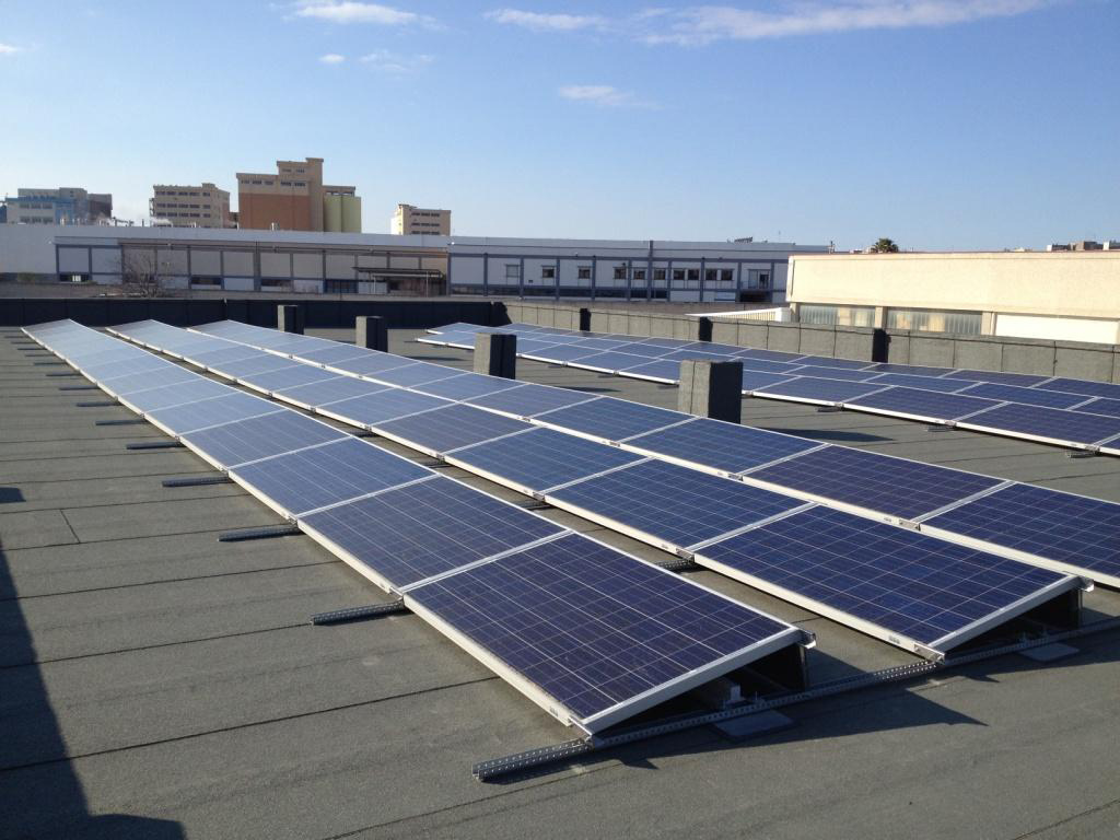 Tetti piani impianto fotovoltaico